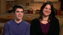 Good Morning America: GMA 12/30: Mom Blogger Has Son Sign 18-point Agreement for iPhone