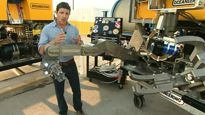 Good Morning America Robot : Robots guide oil pipe cutting shears video abc news