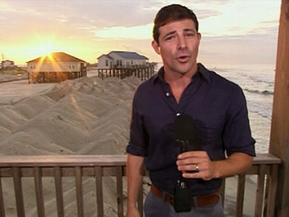 VIDEO: Popular vacation spots along the Gulf coast are empty because of the oil spill.