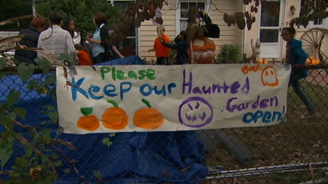 """VIDEO: Neighbors complaints resulted in move to shut down Donna Kerrs """"Haunted Garden."""""""