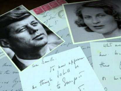 VIDEO: The former presidents lover auctions her love letters.