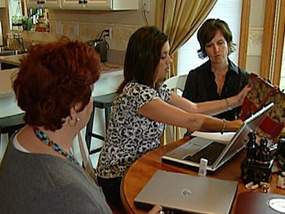 VIDEO: Contributor Elizabeth Leamy uses Ebay auctioneers to sell unwanted goods.