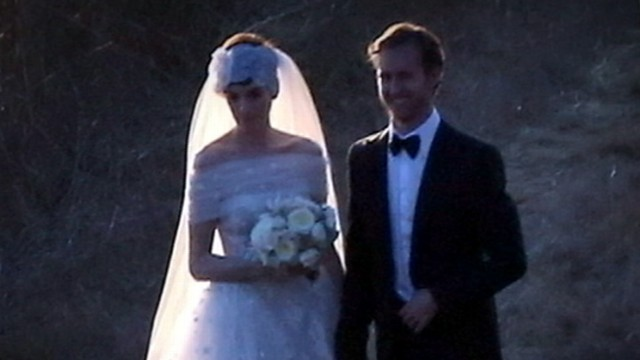 VIDEO: Actress is latest Hollywood celebrity to get hitched without press catching wind.