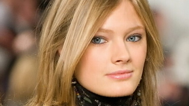 VIDEO: French beauty Constance Jablonski upset her former employer after leaving for a rival agency.