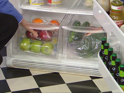 VIDEO: Food editor Sara Moulton explains how to save on fruits and vegetables.