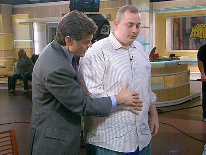 VIDEO: Dr. Oz helping a GMA crew member breathe correctly.