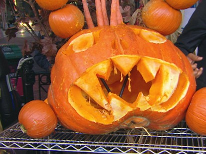 VIDEO: Extreme Pumpkin Carver