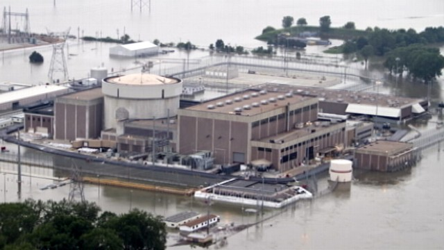 VIDEO: The nations top nuclear official rushes to Nebraska power plant.