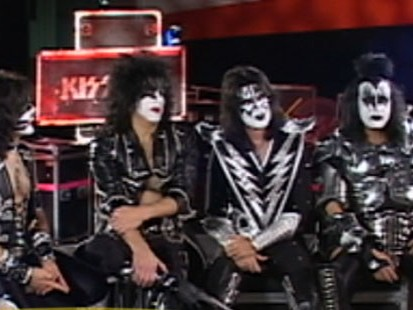 VIDEO: KISS Releases a New Album