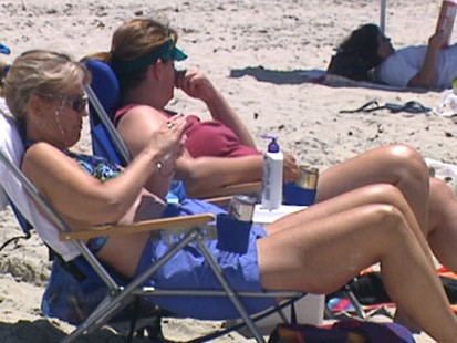 VIDEO: Five ways to save money on your vacation.
