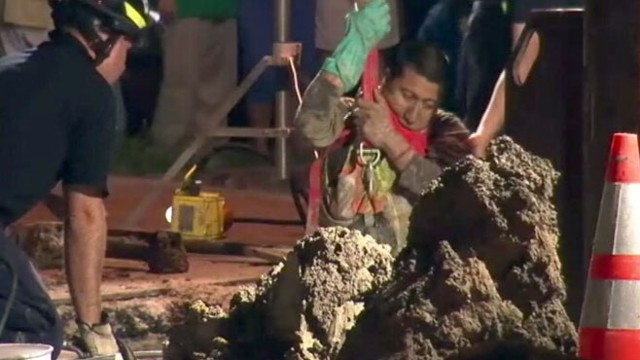 VIDEO: Houston Man Trapped in Trench Rescued