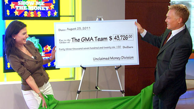 """PHOTO:Bianna Golodryga and Sam Champion reveal results of """"Good Morning Americas"""" unclaimed money search."""