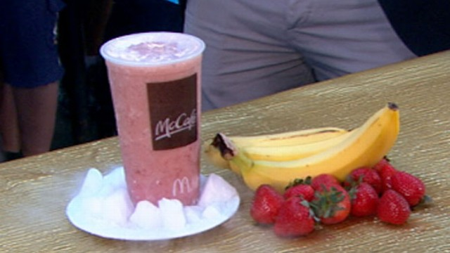 VIDEO: ABC News David Zinczenko reveals healthier options from restaurant chains and grocery stores.
