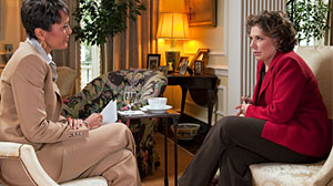 "Photo: Teresa Heinz sits down with ""Good Morning America"" anchor Robin Roberts"