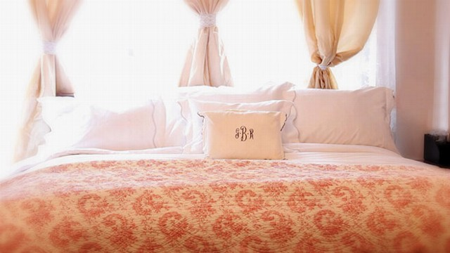 VIDEO: Staycation? Get a Luxury Hotel Bed at Home