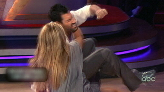 "PHOTO Maksim Chmerkovskiys thigh gave out in the first seconds of his dance with Kirstie Alley to ""Somewhere Over the Rainbow."""
