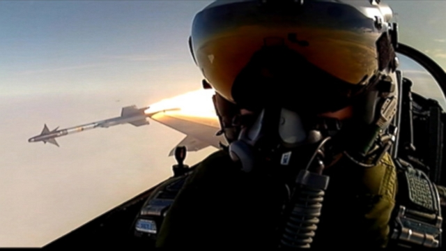 """VIDEO: """"Selfie"""" taken in an F-16 fighter jet while a missile was being released is actually a screenshot from a 2012 video."""