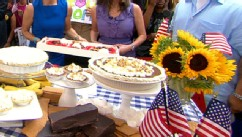 "PHOTO: Hill Country chef Elizabeth Karmel prepares a s'more pie for ""Good Morning America."""
