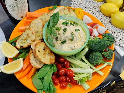 PHOTO: White bean puree on grilled sliced baguette feature on Good Morning America Feb. 4, 2011.