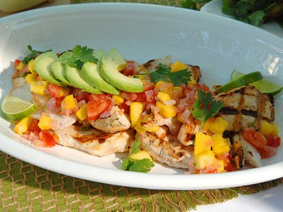 Grilled chicken with manga salsa