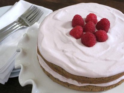 PHOTO: Amy Green whips up her classic lemon poppy cake with a ricotta frosting for Good Morning America.
