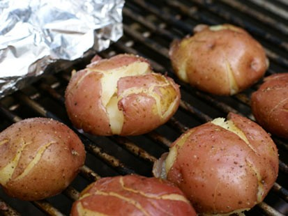 PHOTO: Erin Chase grills red potatoes for Good Morning Americas Fathers Day menu.