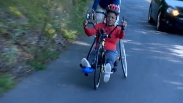 VIDEO: Mery Daniel, who lost part of her leg, will use a hand-cycle to participate in a benefit race.