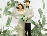 Discover how you can save money on your wedding dress by buying itsecondhand.