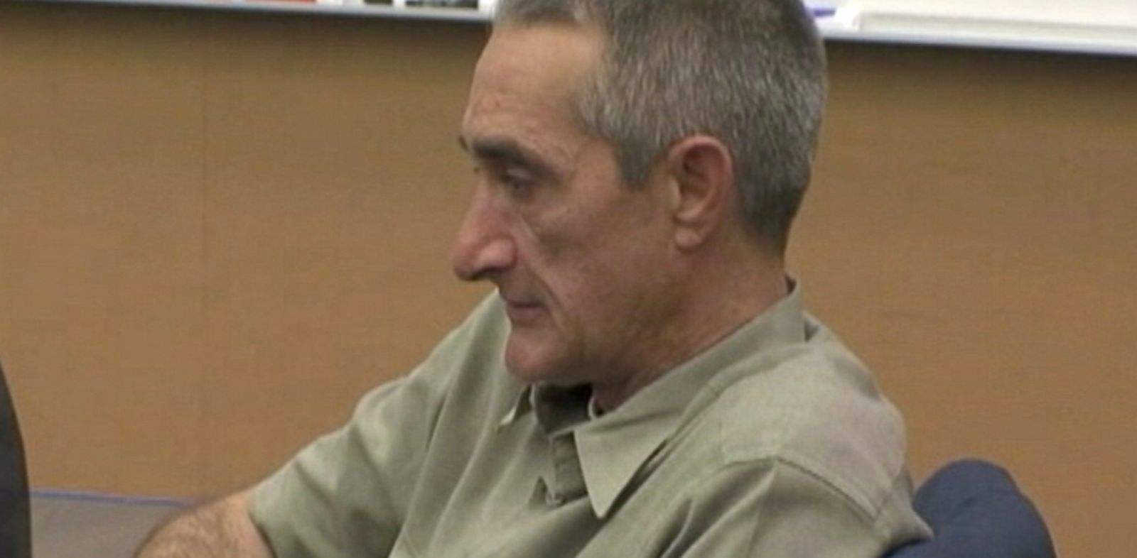 PHOTO: Keith Barton is on trial for posing as a fake doctor, Jan. 10, 2014, in San Diego.