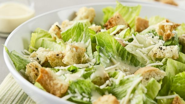 PHOTO: Here are five ways salads are making you fat.