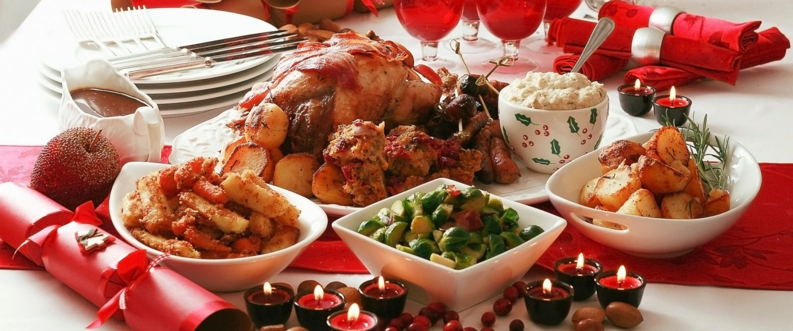 How many calories the average american eats on christmas for What do people eat on thanksgiving