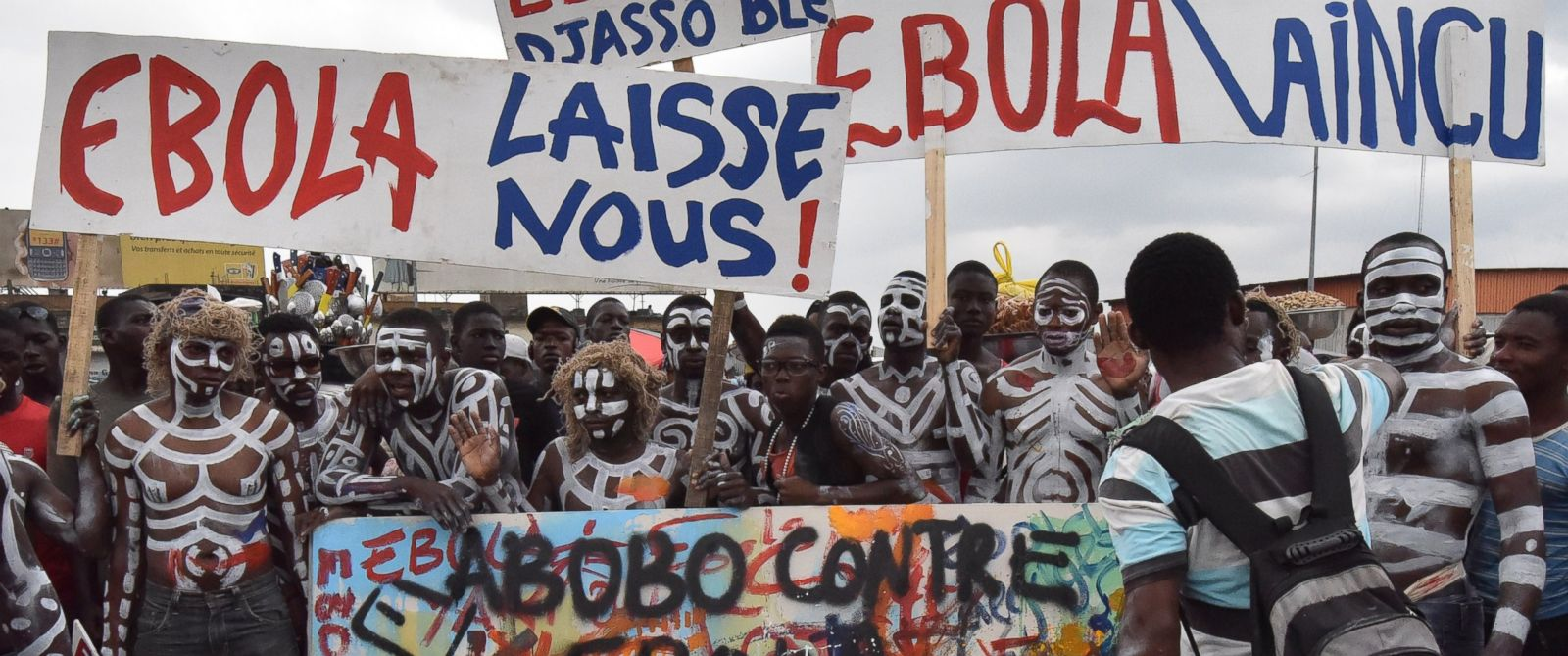 PHOTO: Visual artists gather during a rally against the Ebola virus on Sept. 4, 2014 in Abidjan, Ivory Coast.
