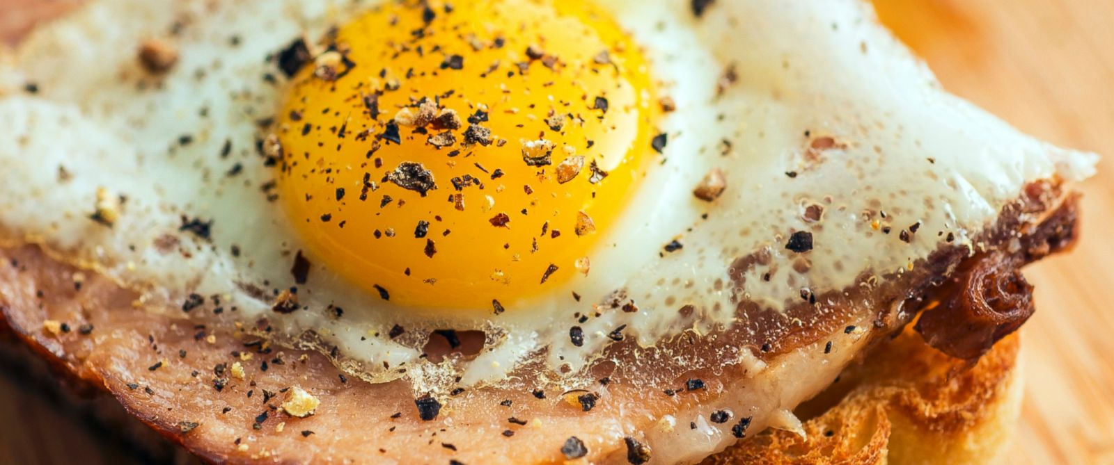 PHOTO: The USDA is considering a revision to its dietary cholesterol recommendations.