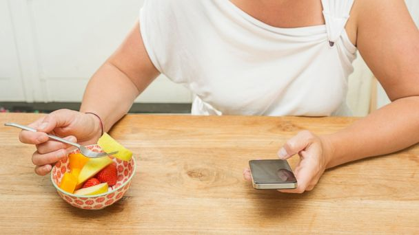 PHOTO: Check out some healthy eating apps.