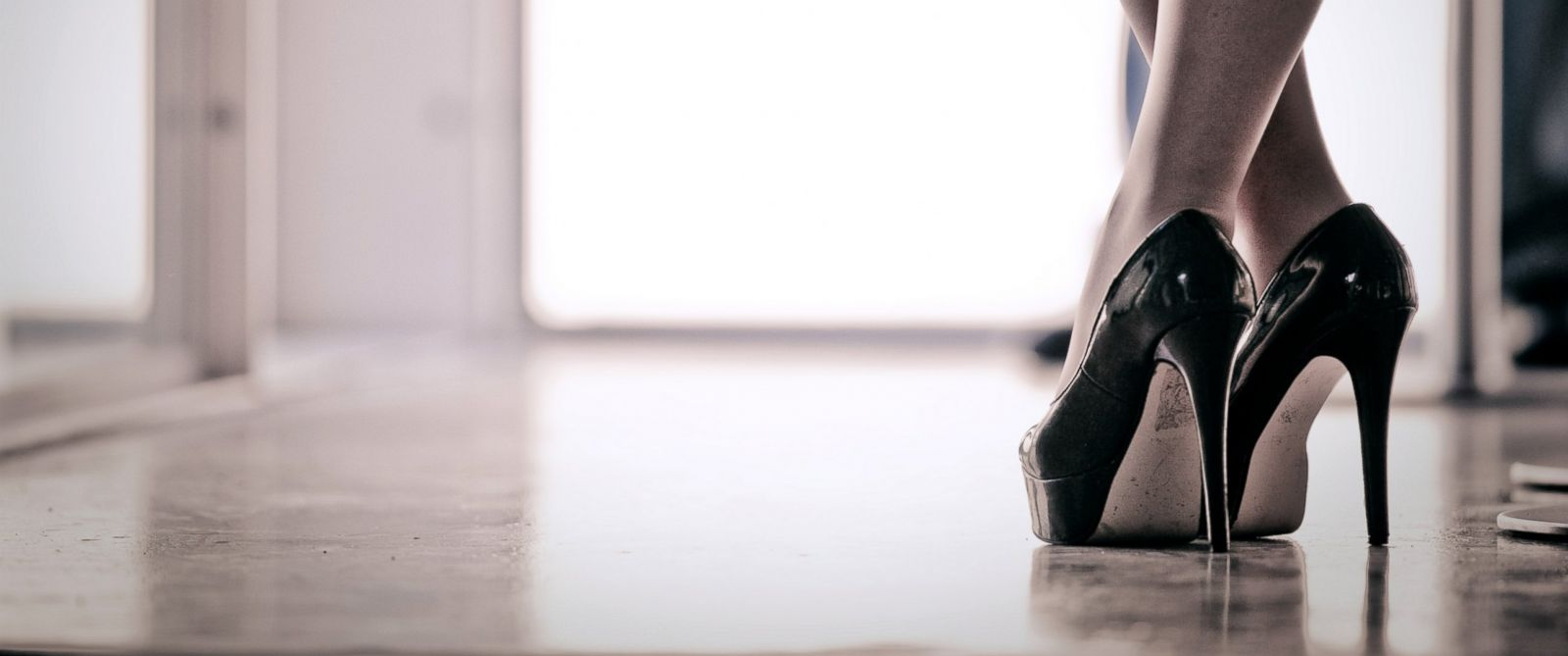 PHOTO: What really happens to your body when you wear high heels?
