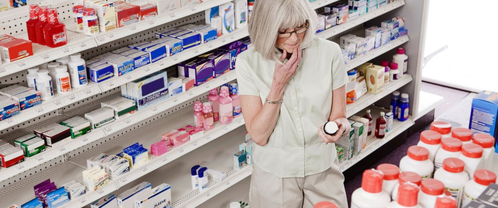 PHOTO: Over-the-counter drugs, like Benedryl, may be linked to dementia, according to a new study published this week in JAMA Internal Medicine.