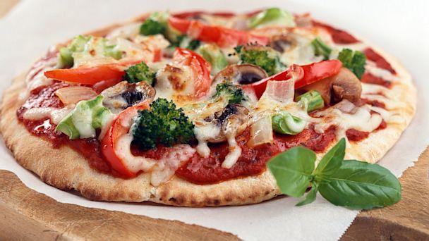 PHOTO: veggie pizza