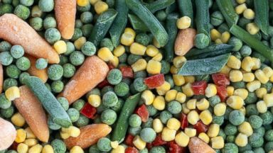 PHOTO: An undated stock image of frozen peas, carrots, sweetcorn and peas.