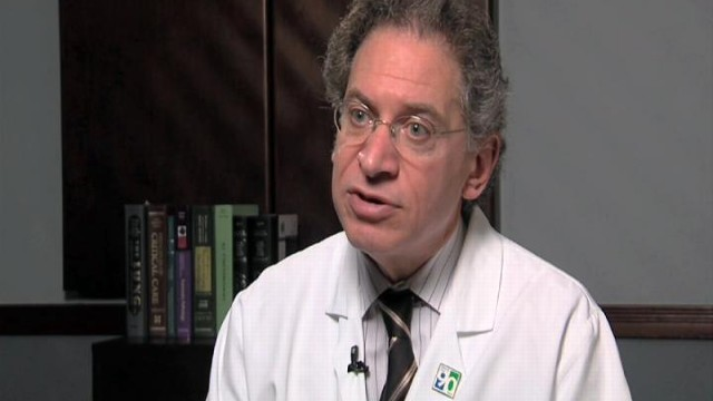 VIDEO: Dr. David Lang says air-conditioning is effective against allergies.
