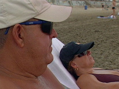 VIDEO: A new study find women are more apt to get screened for skin cancer.