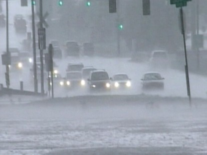 VIDEO: People with Parkinsons may have trouble driving in low visibility conditions.