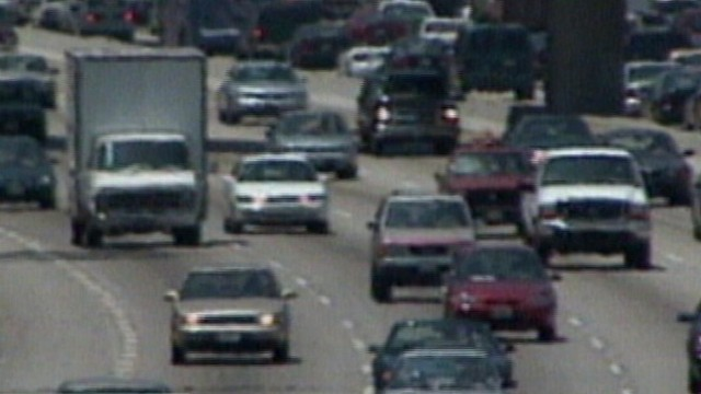 VIDEO: Divorce more likely if one partners commute is longer than 45 minutes.