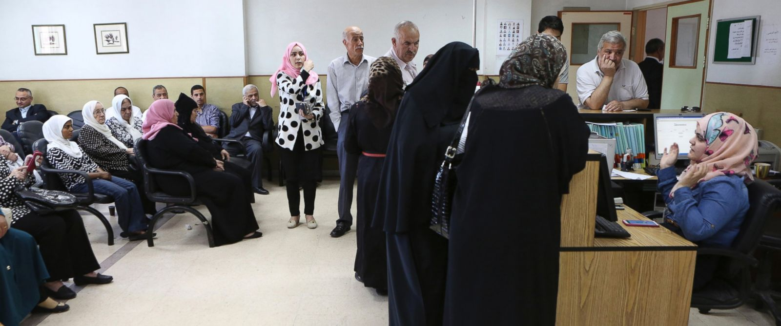 PHOTO: Patients wait for their checkups at Jordans National Center for Diabetes in Amman, Jordan, June 14, 2015.