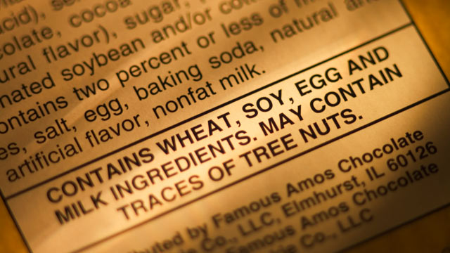 PHOTO: Food allergy warning label