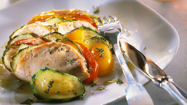 PHOTO: The traditional Mediterranean diet is characterized by lots of olive oil, fruit, nuts, vegetables, legumes, and cereals, some fish and poultry, and limited amounts of dairy products, red meat, processed meats, and sweets.