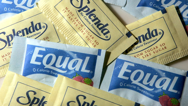 PHOTO: Packages of Equal and Splenda artificial sweeteners are displayed at a coffee shop April 9, 2007 in San Rafael, California.