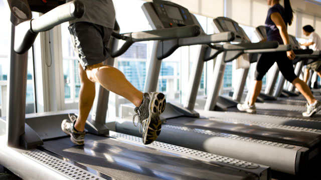 PHOTO: People who exercise spend 43 percent fewer days with upper-respiratory infections, according to an Appalachian State University study.