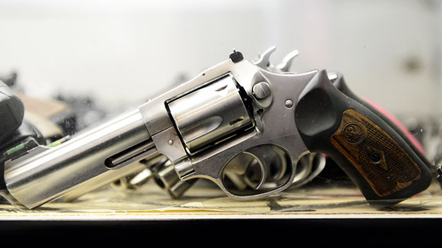 PHOTO: A Smith & Wesson .357 magnum revolver is displayed for customers at the Los Angeles Gun Club in Los Angeles.