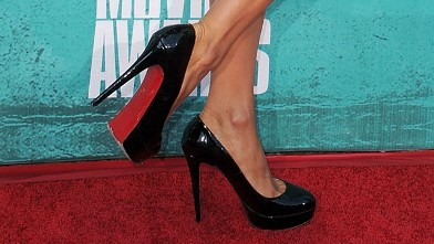 PHOTO: Paris Hilton attends 2012 MTV Movie Awards at Gibson Amphitheatre on June 3, 2012 in Universal City, Cali.