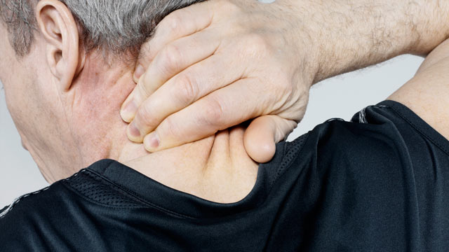 PHOTO: A new study says that non-drug treatment for neck pain is more effective than medication.